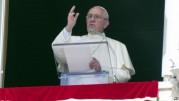 Paus Fransiskus Guncang Aturan Perkawinan Gereja Katolik