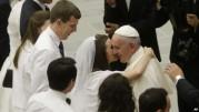 Paus: Gereja Harus Perlakukan Baik Umat Katolik yang Bercerai