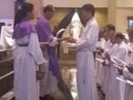 53 Anggota Komunitas Prodiakon Paroki Santo Yoseph Palembang Dilantik