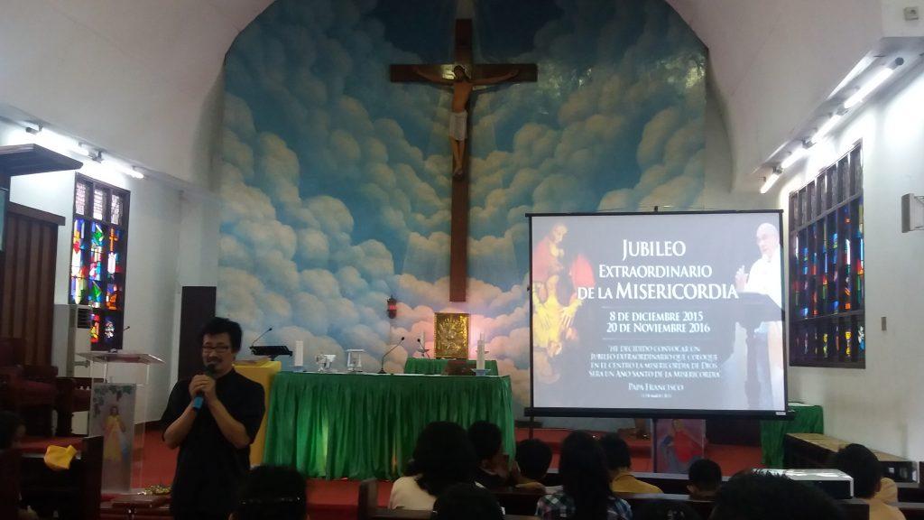 Ziarah Pintu Suci Umat Wilayah 11 dan 12 Paroki Santo Yoseph Palembang