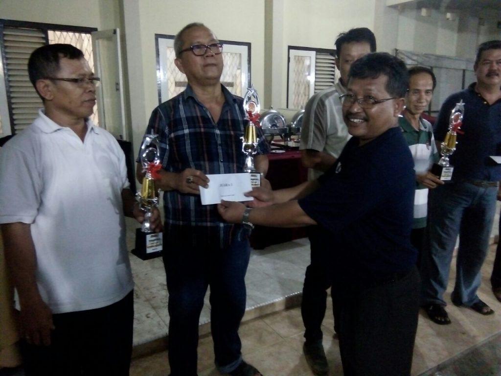 Komunitas Pastoran Juara Lomba Gaple