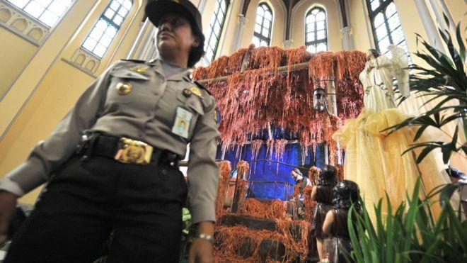Pengamanan Natal, polisi kerahkan 180.000 petugas