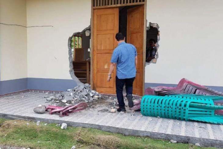 Rumah ibadah umat Kristiani di Ogan Ilir dirusak orang tak dikenal