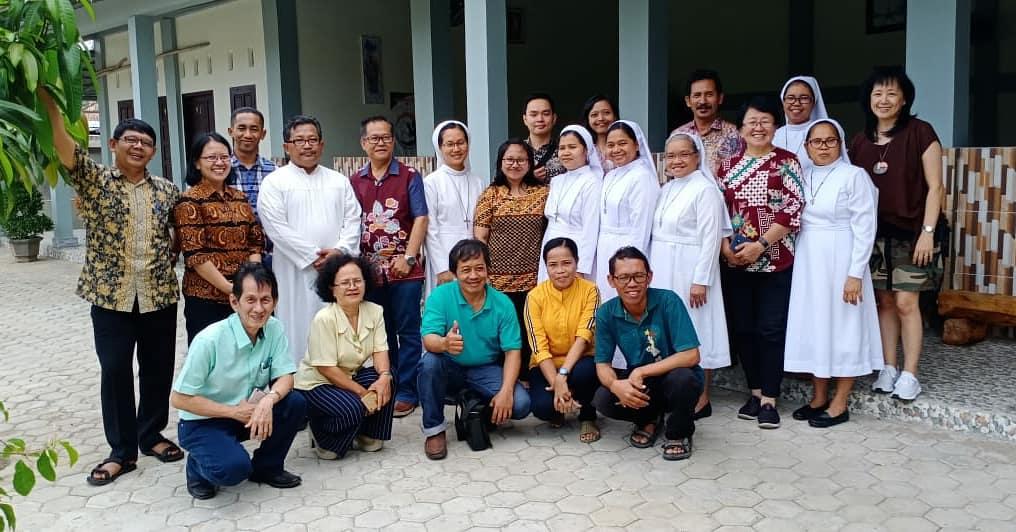 Rekoleksi Pengajar Calon Krisma, Komuni Pertama dan Katekumen