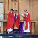 Menghormati Salib dan Memberi Hidup Kepada Sesama