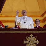 Prioritas, pewartaan, sentuhan kasih mencerminkan latar belakang Paus Fransiskus