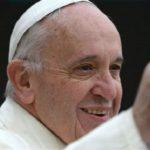 Paus Fransiskus Lebih Populer Dibanding Pemimpin Dunia Lainnya
