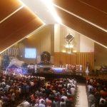 Ribuan Umat Hadiri Misa Malam Natal
